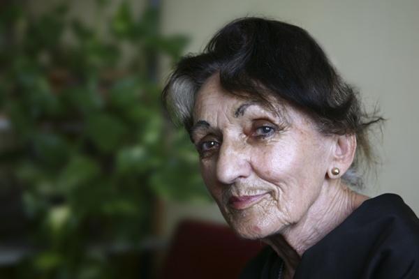 Doc.-Dr.-Jirina-Dolezalova-matka-jxd-jako-stařenka
